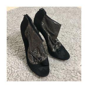elizabeth & james black suede metallic stilettos